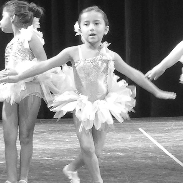blog_caitlyn_ballerina